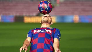 Luego de que el Barcelona haya confirmado la llegada de Martin Braithwaite de Leganés, recordamos los 10 jugadores más improbables que hayan usado la camiseta...
