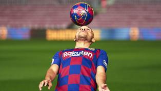 Martin Braithwaite wird beim FC Barcelona vorgestellt - dabei blamiert sich der Neuzugang jedoch bis auf die Knochen. Im Netz ist der Spott groß. Nach der...