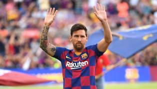 Kabar buruk menghampiri juara bertahan La Liga,Barcelona. Striker sekaligus bintang utama mereka, Lionel Messi, dikabarkan mengalami cedera betis. Cedera...