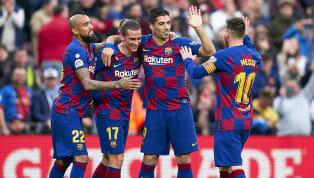 Jersey merupakan salah satu bagian paling penting dalam klub sepak bola. Baju yang digunakan melambangkan identitas klub menjadi sesuatu yang melekat bagi...