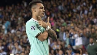 Luis Suárez, cerca de cumplir los 33 años, sigue siendo el '9 referencia delFC Barcelona. Su puesto es el único que no tiene competencia en un equipo que...