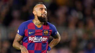 La historia ya es conocida: el Barcelona necesitaba fichar un delantero goleador y no lo ha hecho. Lamentarse por ello ya no sirve, pues el pasado no va a...