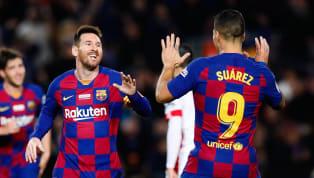 Lionel Messi ghi cú hat-trick giúp Barcelona nhấn chìm Mallorca để qua đó vượt mặt Cristiano Ronaldo về số hat-trick ở La Liga. Barcavùi dập Mallorca...