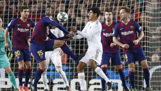 En el partido de ayer no podía faltar la polémica. UnBarcelona-Real Madrides sinónimo de espectáculo, goles (aunque en este caso no hubo) y...