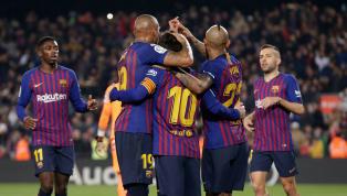 Lionel Messi chơi tuyệt hay cùng với Gerard Pique trong ngày Barcelona hạ Valladolid một bàn duy nhất trong trận cầu rạng sáng 17/2. Messi thiết lập kỷ lục...