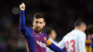 Messimarcó ayer, ante el Eibar, el que sería su gol número 400 en Liga. El futbolista del FC Barcelonarecibió un balón de Luis Suárez cerca del punto de...