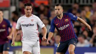 Sevilla 📍ONCE   Así sale el #SevillaFC para medirse al @FCBarcelona_es. ⚪️🔴 #CopaDelRey #vamosmisevilla #LuchaPorLoQueAmas 💪♥ pic.twitter.com/bqLWIfkB1M —...