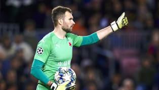 Los jugadores del Barça no salieron muy contentos del terreno de juego después de empatar ante el Slavia de Praga en el último encuentro de Champions...