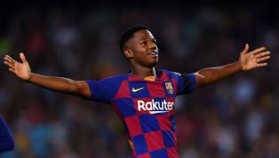 Nếu là cách đây hơn một tháng thì có lẽ ít ai biết rằng Ansu Fati là ai, nhưng sau khi sao mai củaBarcelonatỏa sáng rực rỡ tại La Liga thì anh chàng này đã...