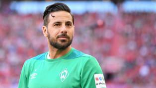 Der alte Mann hat noch nicht genug: Claudio Pizarro hängt noch ein Jahr beimSV Werder Bremendran. Das verkündete der 40-jährige Peruaner im Rahmen des...