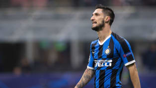 AC Milan are closing in on the signing ofInter's Matteo Politano, and have held talks with the player's agent over a potential move. Milan are keen to add...