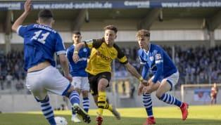 ImHalbfinal-Hinspiel um die deutsche A-Junioren-Meisterschaft hat die U19 des FC Schalke in letzter Minute ein 2:2 gegen den BVB erringen können. Wie auch...