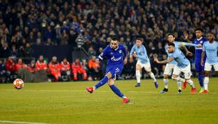 Nabil Bentaleb marca de penal al minuto 38'. ⚽ 38' Bentaleb (P) Schalke 1-1 Manchester City pic.twitter.com/egHWo93JV5 — GOAL TV (@GOALTVFHD) 20 de febrero...