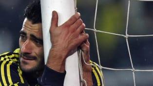 Skorer'de yer alan habere göre;Fenerbahçe'nineski futbolcusu Daniel Güiza, ülkesinde geçtiğimiz aylardabir kez daha gündeme geldi. Sarı-lacivertli ekipte...
