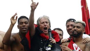 No es habitual que entrenadores europeos lleguen a Sudamérica y mucho menos que logren ser campeones de la Copa Libertadores. De los 44 directores técnicos...