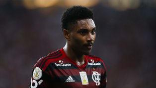 Vitinho chegou ao Flamengo em 2018 cercado de grande expectativa. O atacante foi contratado para ser o substituto de Vinicius Júnior, que tinha acabado de...
