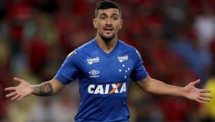 Rodrigo Caio, Gabigol, De Arrascaeta. Não dá para negar: o Flamengo contratou um trio de respeito e que, certamente, vai elevar o nível de seu time para...