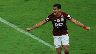 Después de muchos rumores el joven brasileño ya es oficialmente nuevo jugador del conjunto blanco. Descubramos más a fondo cómo ha sido su carrera hasta...