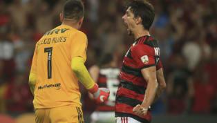 Há duas semanas, quando oSão Paulo se classificou à final do Campeonato Paulista, um torcedor da equipe postou em seu Instagram uma foto do zagueiro...