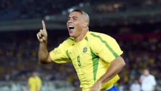A lo largo de su historia, Boca Juniors ha tenido a muchos futbolistas de renombre en su plantel, pero lógicamente también hubo otros cracks que sonaron para...