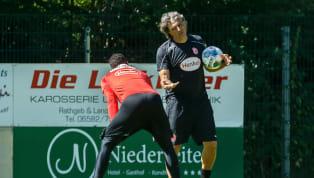 Friedhelm Funkel hat vor dem Rückrundenstart eine Änderung im Trainer-Team vorgenommen: Claus Reitmaier ist ab sofort nicht mehr für die Keeper zuständig....