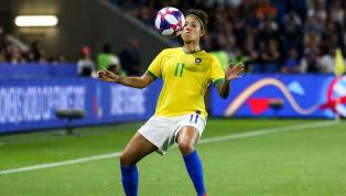 Neste início de ano, os quatro grandes clubes do Estado deSão Paulo estão agitando as movimentações de mercado dofutebol feminino. Palmeiras e Corinthians...