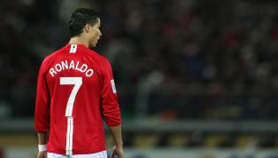 El atacante portugués dejó Old Trafford en verano de 2009, tras 6 años en la disciplina red devil, para recalar en el Real Madrid y convertirse, por entonces,...