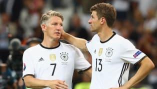Für die anstehenden EM-Qualifikationsspiele gegen die Niederlande und Nordirland hat Bundestrainer Joachim Löw 22 Profis nominiert. Die meisten...