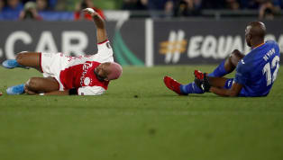 L'Ajax d'Amsterdam s'est incliné sur la pelouse de Getafe (2-0) en seizièmes de finale de la Ligue Europa. Ryan Babel a signé l'action de l'année en imitant...