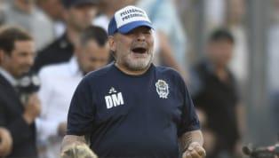 Diego Maradona está viviendo una experiencia muy intensa enGimnasia. Alternó buenos y malos resultados, recibió muchísimos homenajes, renunció a su cargo,...