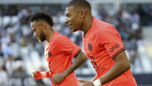 Cựu tiền vệ vang bóng một thời Christophe Dugarry mới đây đã lên tiếng chỉ trích thái độ của tiền đạo Mbappe, đồng thời lo ngại ngôi sao người Pháp sẽ bị lây...