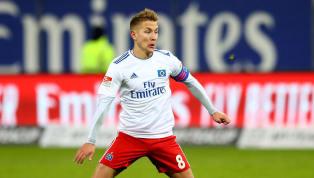 Das DFB-Pokal-Viertelfinale wird am Dienstagabend mit einem Zweitliga-Duell eröffnet. Der Tabellenvierte aus Paderborn hat den Hamburger SV zu Gast. In...