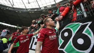 Mit dem Abstieg gehen bei Hannover 96 auch eine ganze Menge Talente verloren. Die Argumentation dabei mutet abenteuerlich an, denn auf Rosen ist der Klub...