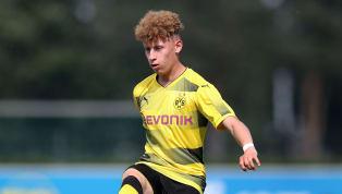 Nach demTransfervon Alexander Isak verliert der BVB am heutigen Mittwoch das zweite Nachwuchstalent. Enrique Pena Zauner wechselt in die 2. Liga zum SV...