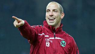 Der Philips Sport Verein Eindhoven möchte Chris Gloster von Hannover 96 verpflichten. Der bislang aufgerufene Preis aber war aus niedersächsischer Sicht...
