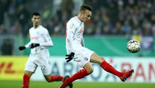 Holstein Kiel  Bei herrlichem Fußballwetter soll gegen das @kleeblattfuerth der zweite Heimsieg her! Ab 13.30 Uhr rollt der Ball, alle Infos gibt's wie...