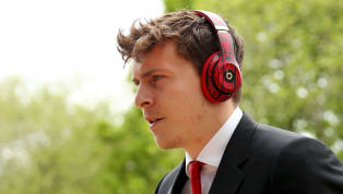 ​Manchester United defender Victor Lindelof has dismissed rumours linking him with a move to La Liga giants Barcelona. The 24-year-old has become an integral...