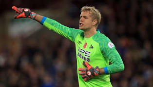 Huddersfield Town goalkeeper Jonas Lossl is set to join Everton after holding contract negotiations with Toffees representatives. The Dane's deal at John...