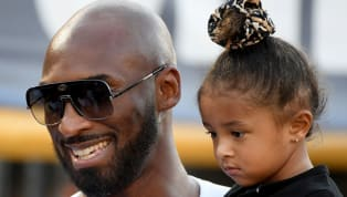 Kobe Bryant, ancienne légende des Lakers, est décédé ce dimancheà l'âge de 41 ans à la suite d'un accident d'hélicoptère à Calabasas, à côté de Los Angeles....
