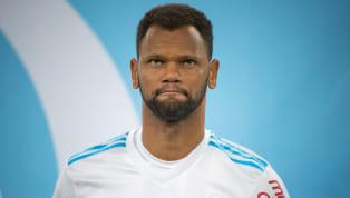 Avant le dernier match de la saison contre Montpellier, l'OM a rendu hommage à son défenseur portugais Jorge Rolando, qui partira librecet été. Vendredi,...