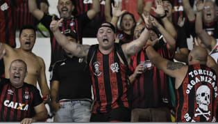Atlético-PR frustra fãs que dormiram em frente à Arena em busca de ingresso