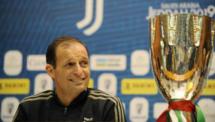 Juventus : Mezz'ora a #JuveMilan La Juve scende in campo così. ⚪️⚫️ #Supercoppa pic.twitter.com/27Mlzw5GmN — JuventusFC (@juventusfc) 16 janvier 2019...