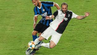 Après avoir évolué avec trois des plus grands clubs italiens, Gonzalo Higuain est à la recherche d'un nouveau point de chute et pourrait se faire une place...