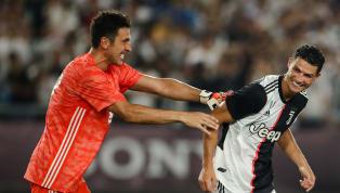 Thủ thành huyền thoại người Ý, Gianluigi Buffon mới đây đã dành những lời khen ngợi cho Cristiano Ronaldo sau khi cả hai gặp lại nhau trong màu áo Juventus....