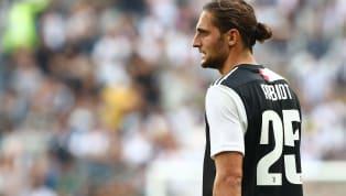 N'ayant été titularisé qu'à deux reprises depuis son arrivée à la Juventus, Adrien Rabiot a bien du mal à se faire sa place au sein de l'effectif bianconero....