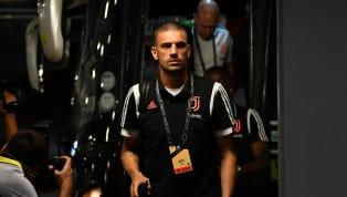 Son dönemde kendinden sıkça bahsettiren Merih Demiral'ın Juventus'ta sırtına geçireceği forma numarası belli oldu.Fenerbahçe'de oynadığı dönemde, 28 Aralık...