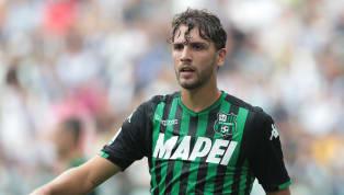 Manuel Locatelli non le manda a dire. Il centrocampista del Sassuolo rivela di essersi sentito abbandonato dalMilan, prima di passare con i neroverdi,...