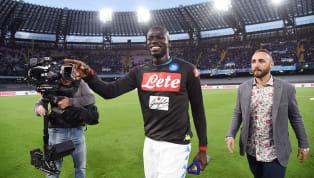 Actuellement joueur au Napoli, Kalidou Koulibaly est l'un des défenseurs les plus convoités sur lemarché des transferts. En témoigne la prochaine offre...