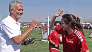 Selon les informationsd'El Mundo, José Mourinho serait plus motivé que jamais à l'idée de venir sortir leReal Madridde sa situation délicate. Zinédine...