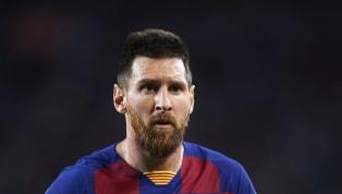 En hommage à la Pulga, qui a débuté sa carrière au FC Barcelone voilà quinze ans jour pour jour, l'équipementier Adidas a offert une paire de...